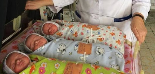 Українка народила незвичайну трійню. Таке вперше у лікарській практиці. ФОТО