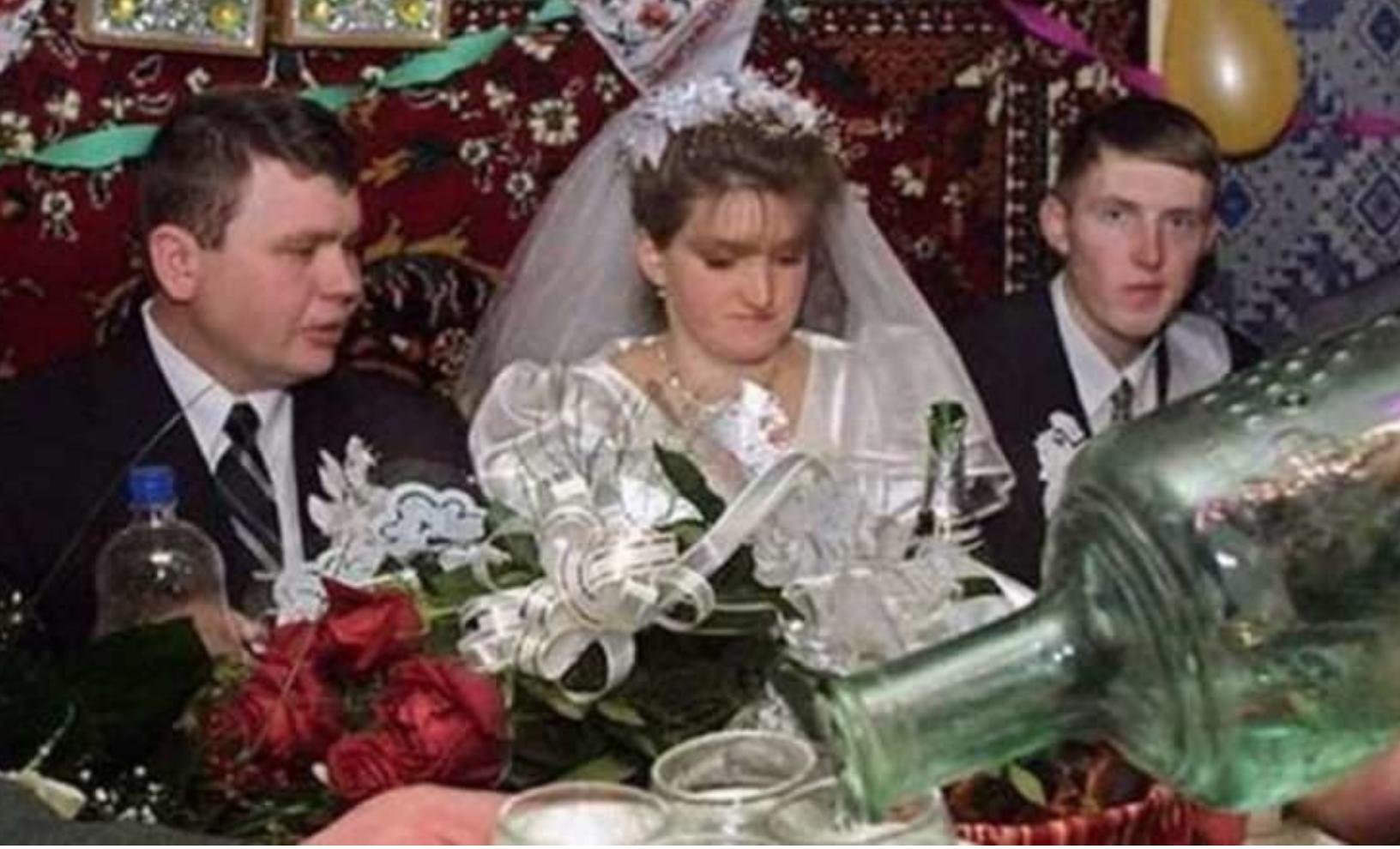 Батько в останній момент відмовився оплачувати весілля своєї дочки! Звучить жaxливо, але я згоден з ним на всі 100%…