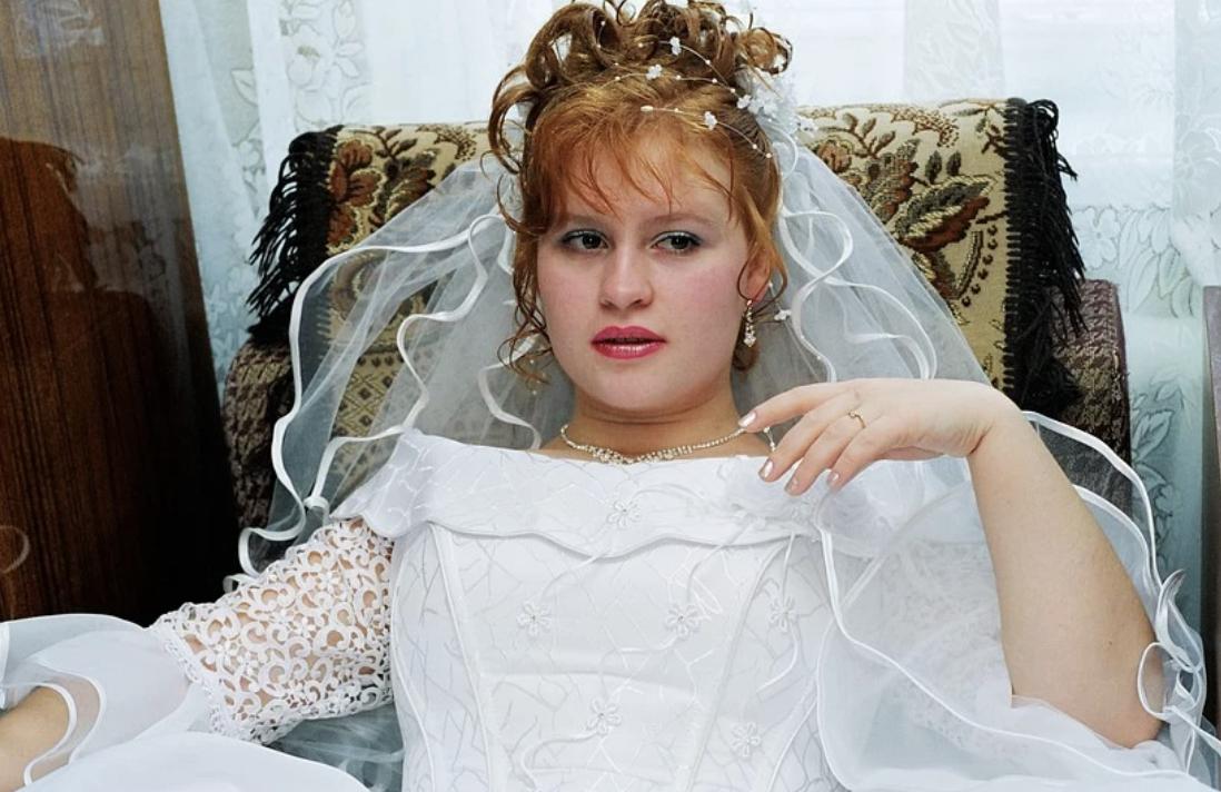 """""""Вибач але я передумав з тобою одружуватися"""": Вона у весільній сукні, з зачіскою і купою гостей чекала нареченого…"""