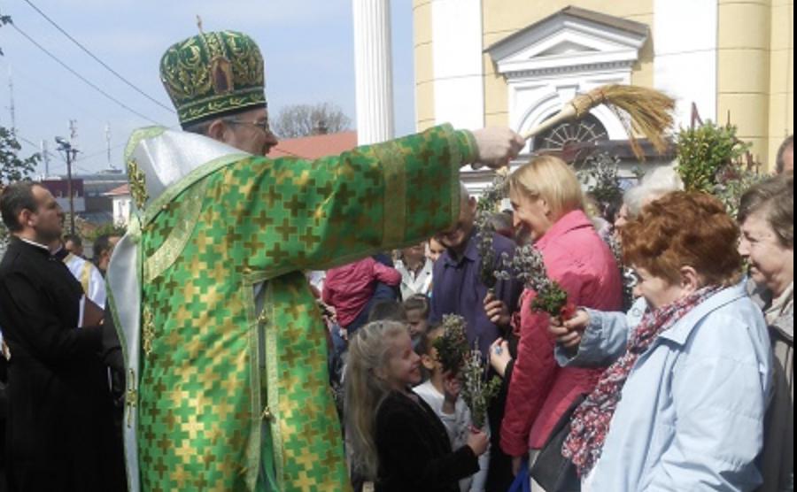 Вербна неділя: що категорично не можна робити в цей день, прикмети і головні звичаї