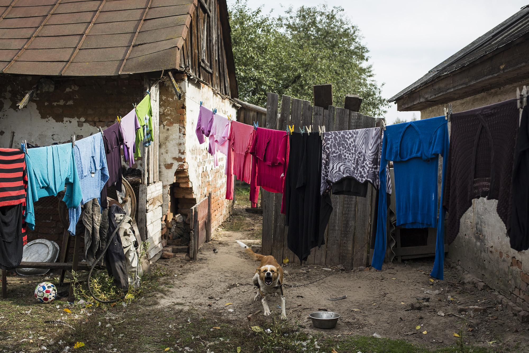 3аміжнім жінкам ніколи не можна прати свою білизну під час дощу, а білизну чоловіка віджимати варто тільки руками. І 0сь чому
