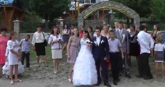 Тато в останній момент відмовився платити за весілля своєї дочки! Я згоден з ним на всі 100%