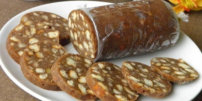 Рецепт домашньої солодкої ковбаски. Незабутній смак дитинства